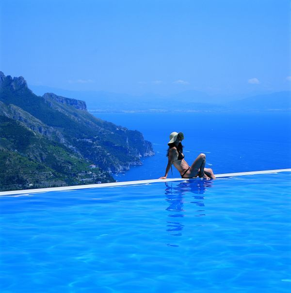 Infinity Pools: Hotel Caruso, Italty