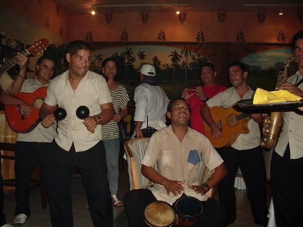 Playa Costa Verde entertainment