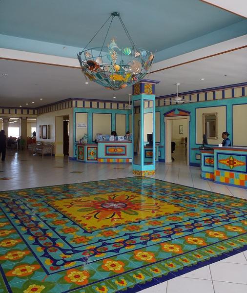 Breezes Bahamas Lobby
