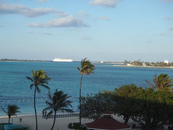Cruise ships Bahamas