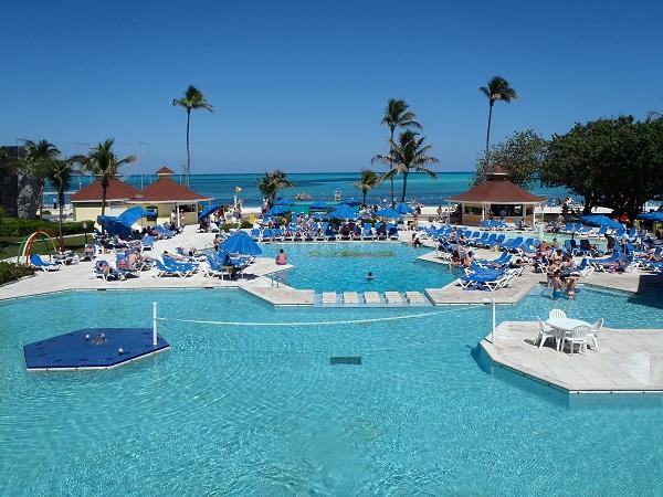 Poolview Breezes Bahamas