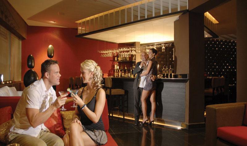 Royal Decameron Los Cabos Bar