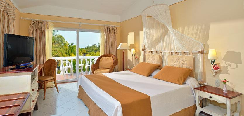 Standard room at Melia Cayo Guillermo.