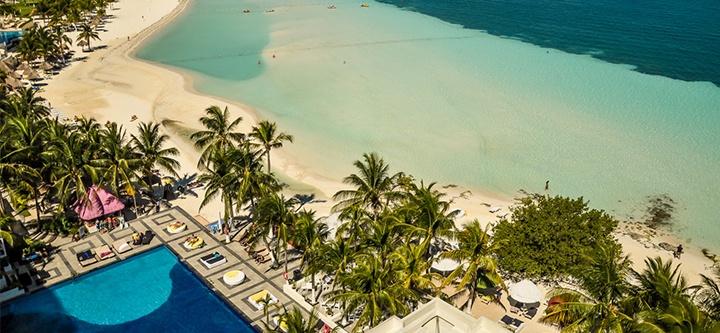 Dreams Sand Cancun beach and pool