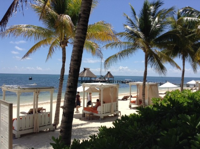The ZOETY PARAISO DE LA BONITA is a five-star luxurious resort offering an adult-only property and list of complimentary items.
