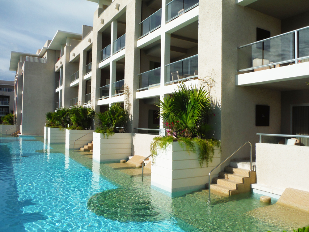 Paradisus Playa Del Carmen Swim-Up