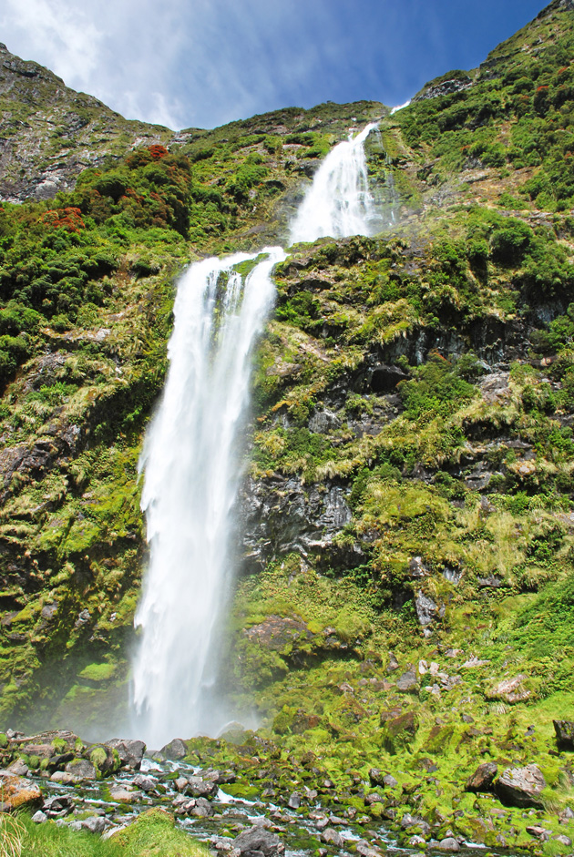 In Photos 10 Of The Most Beautiful Waterfalls In The