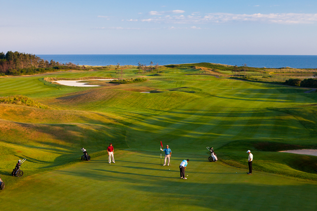 attractions in nova scotia golf