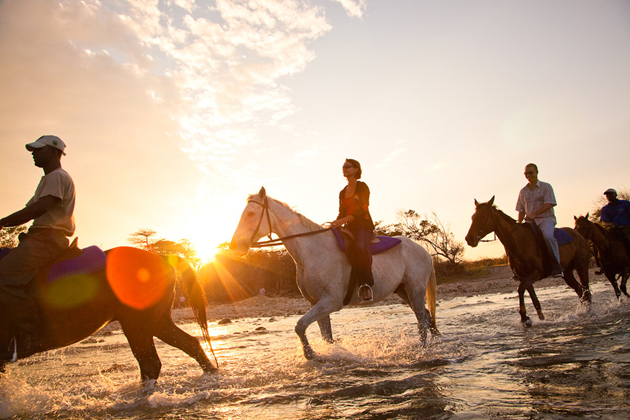 Negril vacations offer horseback riding excursions