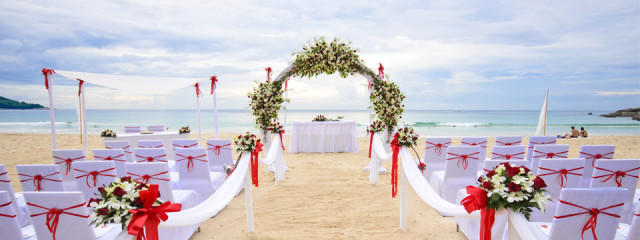 Is a destination wedding right for you? 8 questions to ask yourself.