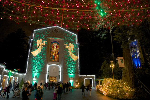 Portland is one of the top vacation destinations for Christmas 2015 for its Christmas Festival of Lights.