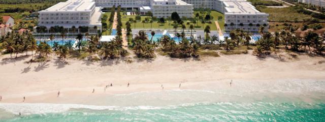 New Resort Opening: Riu Republica