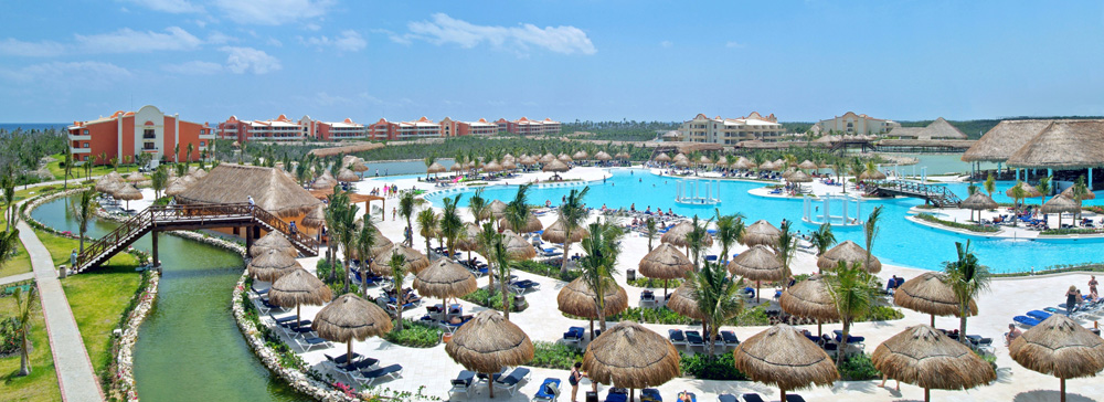 Grand Palladium White Sand Resort & Spa Pool