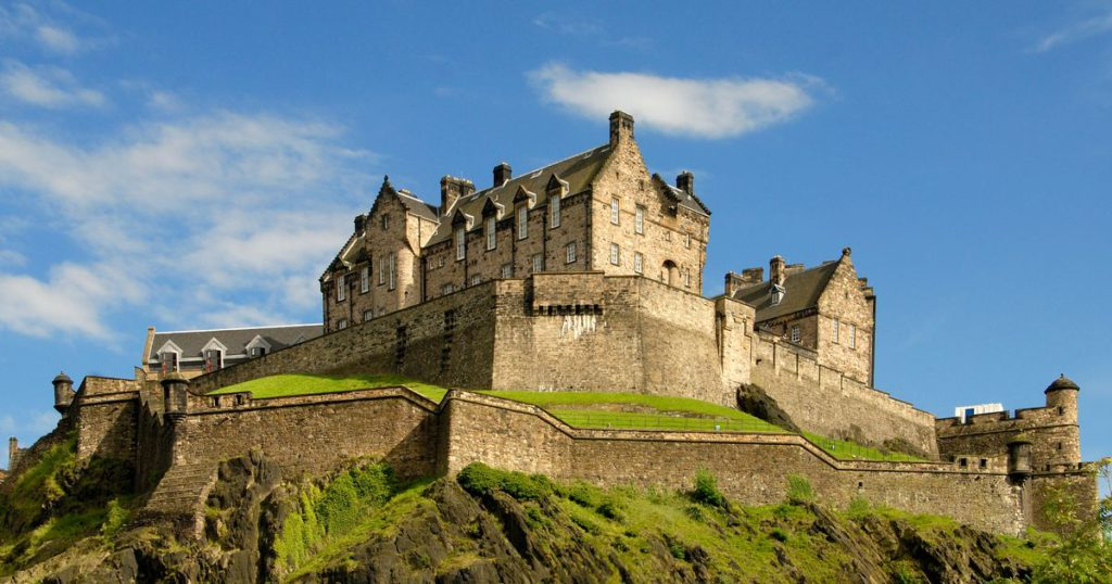Edinburgh Castle. Photo Credit traveldigg.com