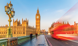 Transat offers flights and packages to London year-round!